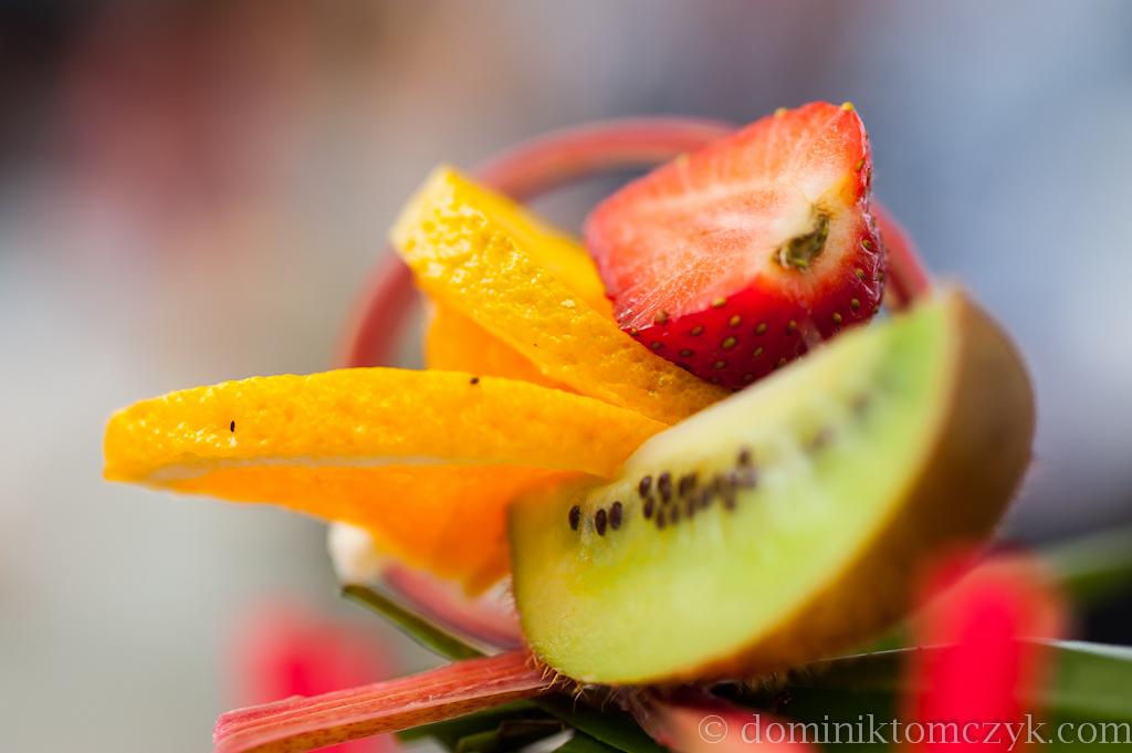 drink pełen owoców
