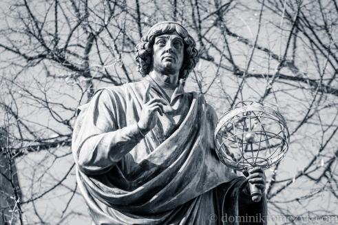 Toruń, Mikołaj Kopernik, Nicolaus Copernicus, Nikolaus Kopernikus, De revolutionibus orbium coelestium, O obrotach sfer niebieskich, Thorn, Thorunia, Torunium, jeden z siedmiu cudów Polski, Toruński Rynek, Ratusz Staromiejski, Toruń nocą