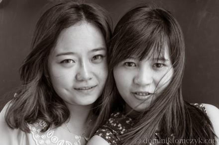 Chiny, #Chiny, street photo, #streetphoto, Beijing, #Beijing, China, #China, ludzie, #ludzie, Pekin, #Pekin, people, #people, portret, #portret, człowiek, #człowiek, man, #man, B&W, #B&W, dziewczyna, #dziwczyna, girls, #girls